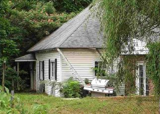 Pre Foreclosure in Clinton 47842 N 5TH ST - Property ID: 1105499979