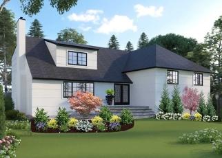 Pre Foreclosure in Hewlett 11557 PEPPERIDGE RD - Property ID: 1105615589