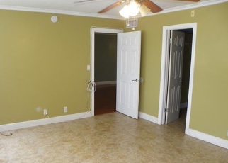 Pre Foreclosure in Fort Lauderdale 33319 INVERRARY BLVD - Property ID: 1105780261