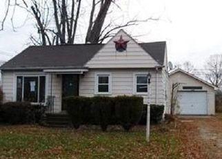 Pre Foreclosure in Akron 44319 DELORA DR - Property ID: 1105992685