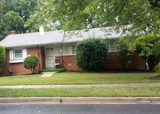 Pre Foreclosure in Hyattsville 20783 BURKETON RD - Property ID: 1106041293