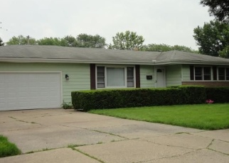 Pre Foreclosure in Highland 46322 PETTIT DR - Property ID: 1106215165
