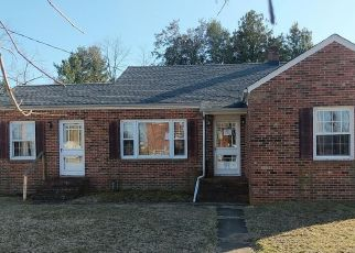 Pre Foreclosure in Millington 21651 CYPRESS ST - Property ID: 1106396947