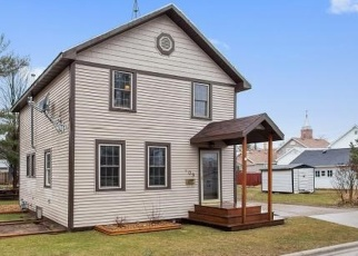 Pre Foreclosure in Oconto 54153 BROADWAY AVE - Property ID: 1106495926