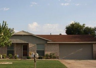 Pre Foreclosure in Lawton 73501 SE ABERDEEN AVE - Property ID: 1106826588