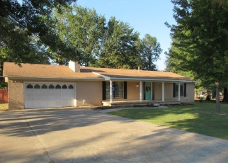 Pre Foreclosure in Stigler 74462 NW ROSE LN - Property ID: 1106833595