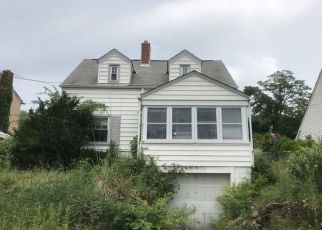 Pre Foreclosure in Pittsburgh 15205 KINMOUNT ST - Property ID: 1107143685