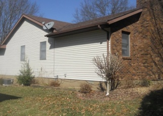 Pre Foreclosure in Columbia 62236 OAK TREE DR - Property ID: 1107528661
