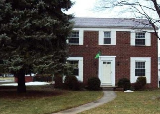 Pre Foreclosure in Toledo 43613 STANNARD DR - Property ID: 1107552303