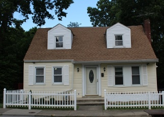 Pre Foreclosure in Covington 41016 ALTAMONT RD - Property ID: 1108121682