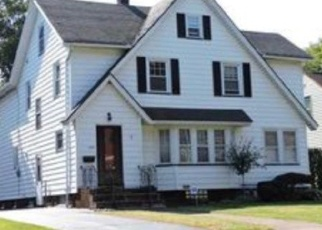 Pre Foreclosure in Rochester 14615 REDWOOD RD - Property ID: 1108134821