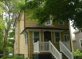 Pre Foreclosure in Oelwein 50662 4TH ST NW - Property ID: 1108581100