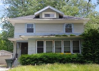 Pre Foreclosure in Davenport 52803 MISSISSIPPI AVE - Property ID: 1108844780