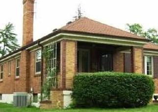 Pre Foreclosure in Cincinnati 45237 BLACKSTONE PL - Property ID: 1109127258
