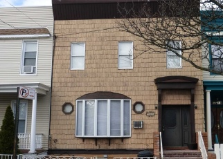 Pre Foreclosure in Ridgewood 11385 61ST ST - Property ID: 1110485417