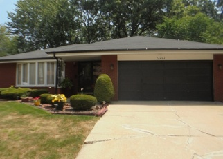 Pre Foreclosure in South Holland 60473 DOBSON AVE - Property ID: 1110561178