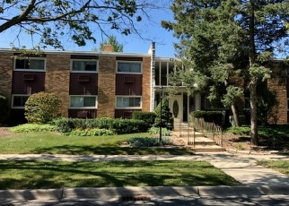 Pre Foreclosure in Lombard 60148 LORE LN - Property ID: 1110971572