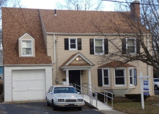 Pre Foreclosure in Hartford 06112 CANTERBURY ST - Property ID: 1111596113