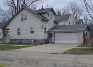 Pre Foreclosure in Shawano 54166 W DIVISION ST - Property ID: 1112148851