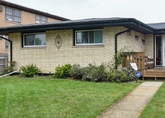 Pre Foreclosure in Bridgeview 60455 W 80TH PL - Property ID: 1112151474
