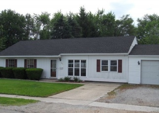 Pre Foreclosure in Mattoon 61938 S 5TH PL - Property ID: 1112162873