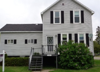 Pre Foreclosure in Oconto 54153 2ND ST - Property ID: 1112483458