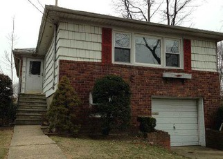 Pre Foreclosure in Bayside 11361 220TH ST - Property ID: 1112527249