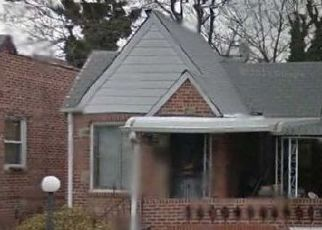 Pre Foreclosure in East Elmhurst 11369 95TH ST - Property ID: 1112530316