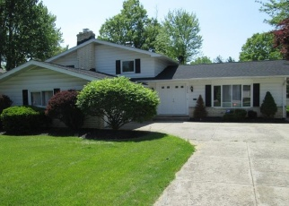 Pre Foreclosure in North Olmsted 44070 CHRISTMAN DR - Property ID: 1112770326