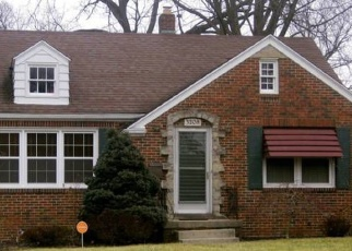 Pre Foreclosure in Toledo 43606 WENDOVER DR - Property ID: 1113216179