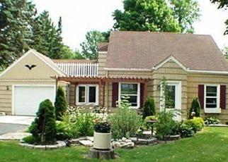 Pre Foreclosure in Menomonee Falls 53051 FOND DU LAC AVE - Property ID: 1113323943