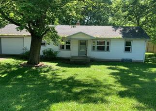 Pre Foreclosure in Dayton 45415 GARBER RD - Property ID: 1113411975