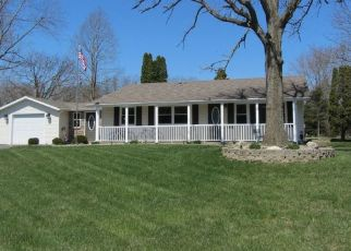 Pre Foreclosure in Valparaiso 46385 NW HILLS DR - Property ID: 1114078562