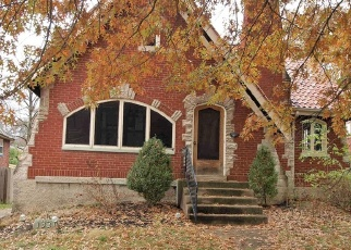 Pre Foreclosure in Cincinnati 45238 COVEDALE AVE - Property ID: 1114135947