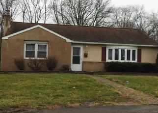 Pre Foreclosure in Feasterville Trevose 19053 LAKE RD - Property ID: 1114609381