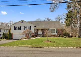 Pre Foreclosure in Scarsdale 10583 DORCHESTER RD - Property ID: 1114966774