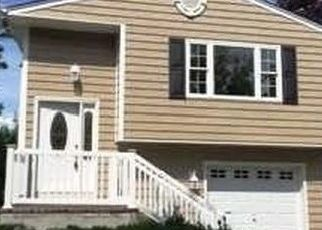 Pre Foreclosure in Center Moriches 11934 OLD NECK RD - Property ID: 1115790598