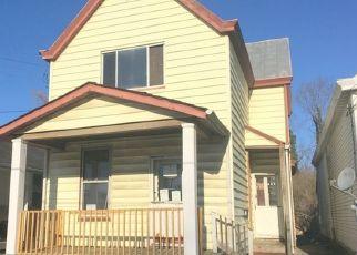 Pre Foreclosure in Latonia 41015 E 32ND ST - Property ID: 1116424345