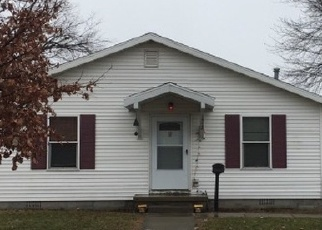 Pre Foreclosure in Mattoon 61938 PIATT AVE - Property ID: 1116529460