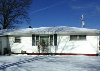 Pre Foreclosure in Youngstown 44505 BELMAR DR - Property ID: 1117213580