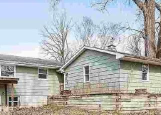 Pre Foreclosure in Green Bay 54304 OAK RIDGE DR - Property ID: 1117308167