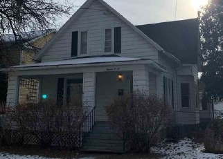 Pre Foreclosure in Green Bay 54301 CASS ST - Property ID: 1117313434