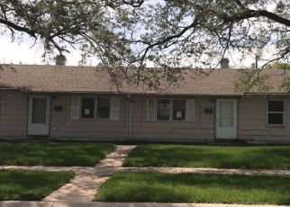 Pre Foreclosure in Gary 46407 KENTUCKY ST - Property ID: 1118463106