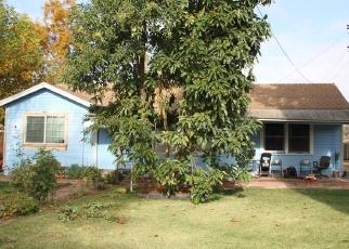Pre Foreclosure in Laton 93242 E LATONIA AVE - Property ID: 1119031614