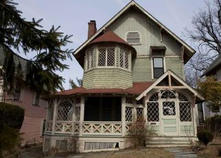 Pre Foreclosure in Englewood 07631 E PALISADE AVE - Property ID: 1119159943