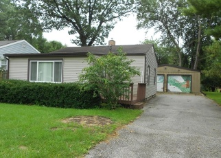 Pre Foreclosure in Griffith 46319 E 39TH PL - Property ID: 1119536591