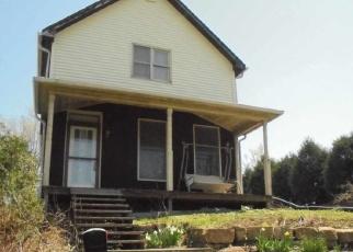 Pre Foreclosure in Dubuque 52001 ASHTON PL - Property ID: 1120190483