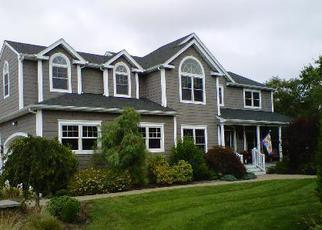Pre Foreclosure in Center Moriches 11934 STEVEN PATH - Property ID: 1121544709