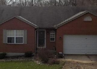 Pre Foreclosure in Cincinnati 45251 COMPTON RD - Property ID: 1121675658