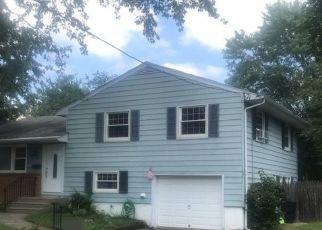 Pre Foreclosure in Riverside 08075 DEVON RD - Property ID: 1121942382